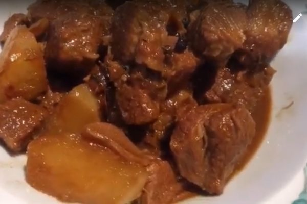 Braised Beef Brisket with Radish